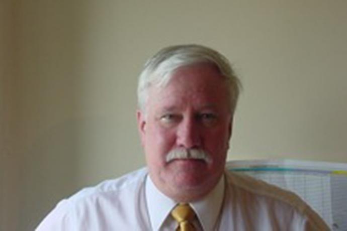 Dr. Stanley Weeks Headshot